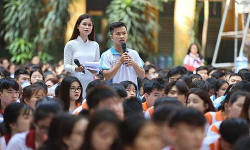 """Bảo Việt Nhân thọ tổ chức chuỗi chương trình """"Đưa trường học đến thí sinh"""""""
