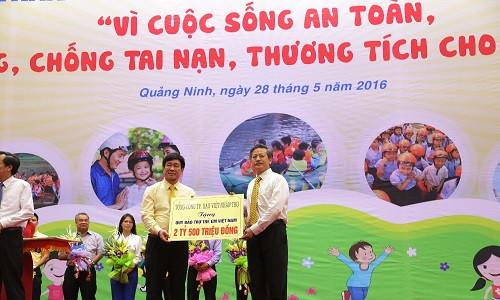 Bảo Việt Nhân thọ tài trợ 2,5 tỷ đồng cho các hoạt động vì trẻ em nhân tháng hành động vì trẻ em