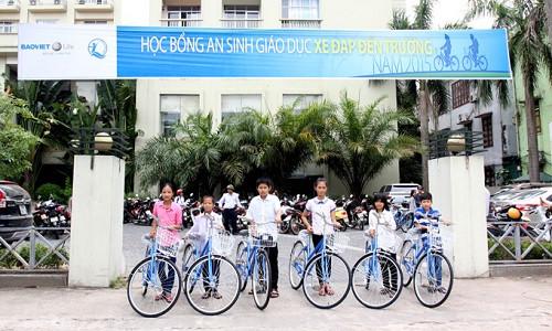 """Hành trình ấm áp nghĩa tình - chương trình """"Học bổng An Sinh Giáo dục – Xe đạp đến trường 2015"""""""