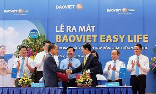 Bảo Việt tiếp tục ra mắt sản phẩm tích hợp Bảo hiểm - Ngân hàng BAOVIET Easy Life