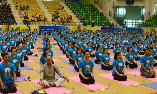 Ngày hội quốc tế Yoga tại Việt Nam 2016 - Bảo Việt Nhân thọ tài trợ và đồng hành tổ chức