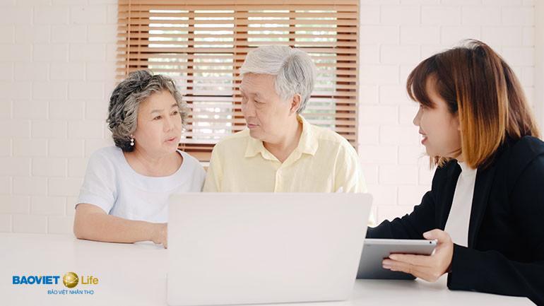 Khách hàng tham gia bảo hiểm nhân thọ không bị chèo kéo như đa cấp