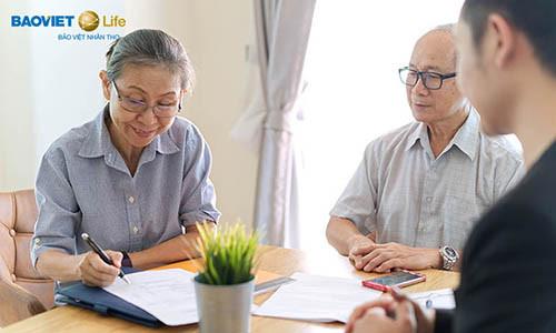 Bảo hiểm nhân thọ và bảo hiểm y tế khác nhau như thế nào?