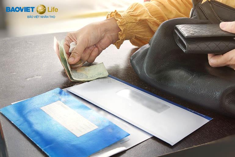 tham gia bảo hiểm nhân thọ phù hợp khả năng tài chính