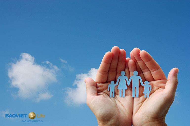 Chọn bảo hiểm nhân thọ hay phi nhân thọ tùy mục đích mỗi nhà