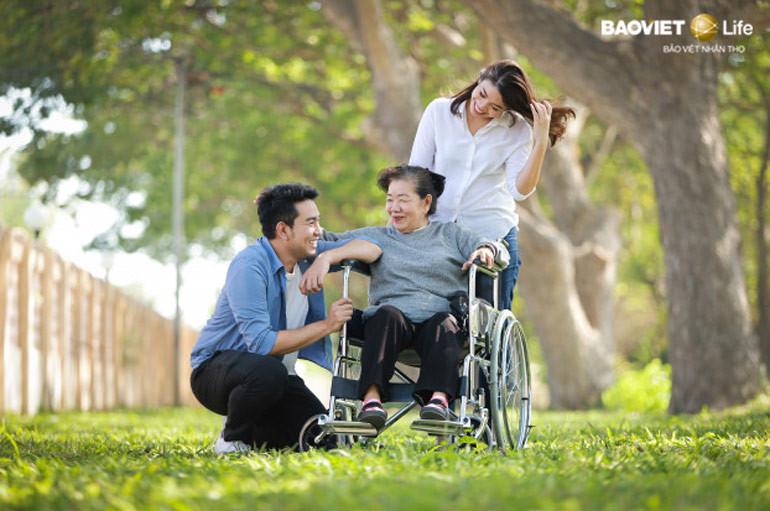 nên mua nhiều bảo hiểm nhân thọ để cả gia đình an tâm tận hưởng cuộc sống